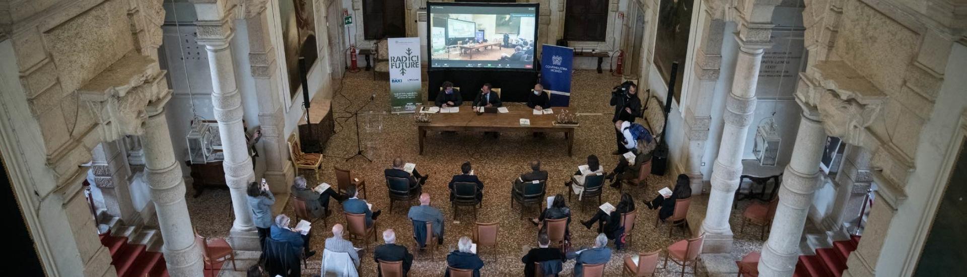 """immagine in evidenza dell'articolo riguardo la conferenza stampa di presentazione del progetto """"Radici Future 2030"""""""